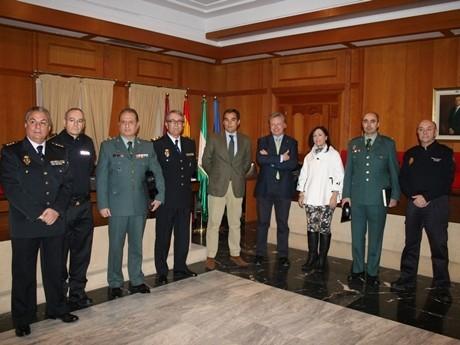 Más de 700 agentes de la Policía Nacional y la Guardia Civil velarán por la seguridad de los cordobeses en Navidad