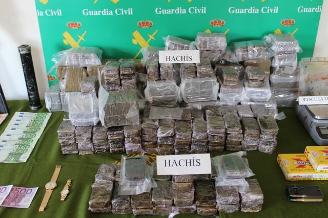 La Guardia Civil aprehende más de 46 kilogramos de hachís en Villa del Río y detiene a dos personas