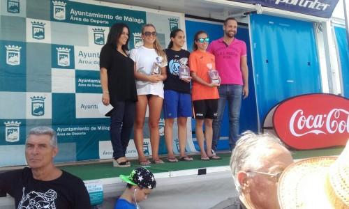 Luz González y Francisco Javier López del Club Natación Montilla, participan en la 57º Travesía Puerto de Málaga