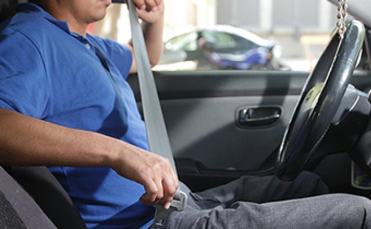 Cinturon de seguridad en carros_1