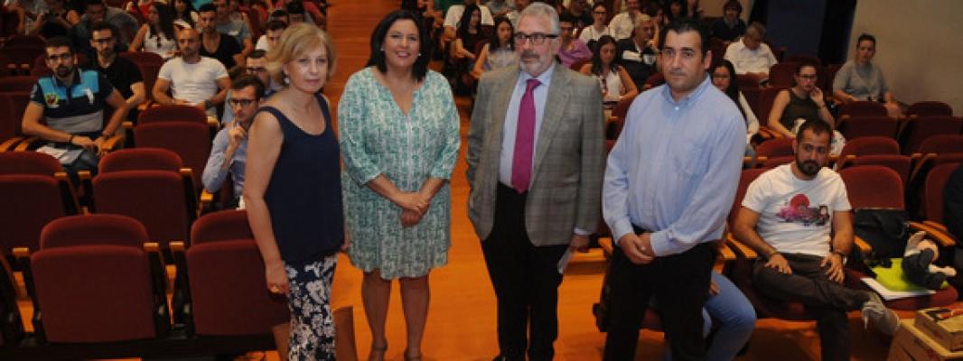 La Diputación de Córdoba alberga una jornada para favorecer la empleabilidad de jóvenes desempleados de la provincia