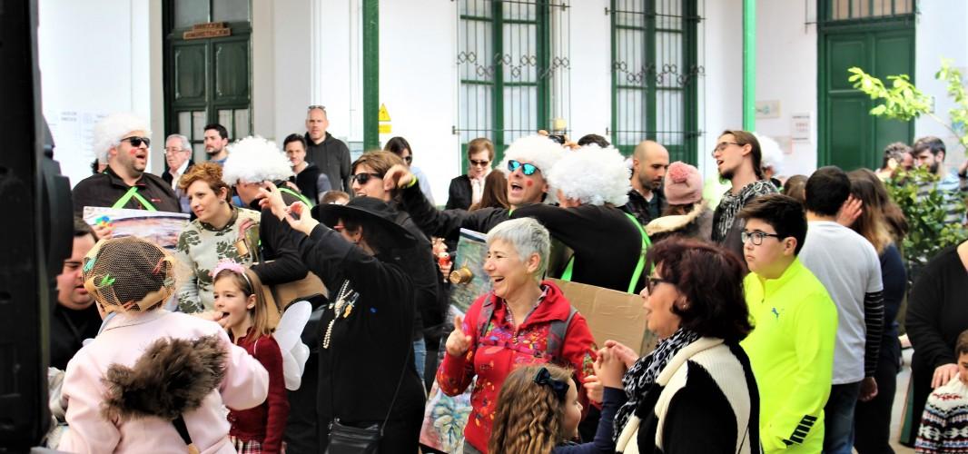 El Domingo de Piñata despide a Don Carnal con el indulto de la sardina