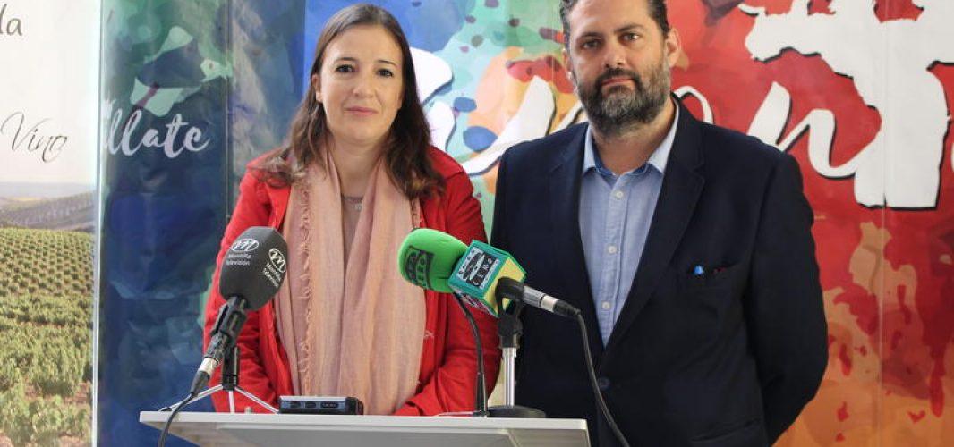 El trabajo tonelero se mostrará en la Ruta Enoturística que organiza el Ayuntamiento con motivo del Día Europeo del Enoturismo