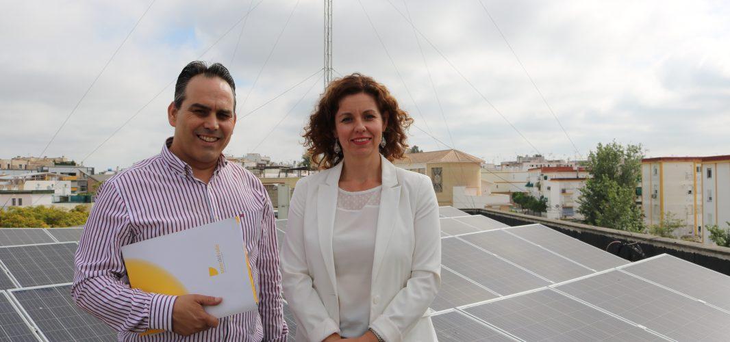 El Ayuntamiento apuesta por el medio ambiente con la instalación de 38 paneles fotovoltaicos en el Edificio de Jefatura de Policía
