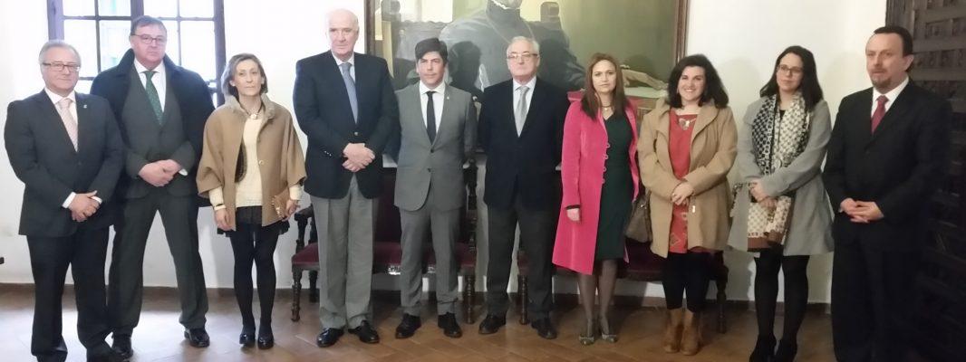 El Embajador de Perú realiza una visita la Casa del Inca y el Museo Garnelo