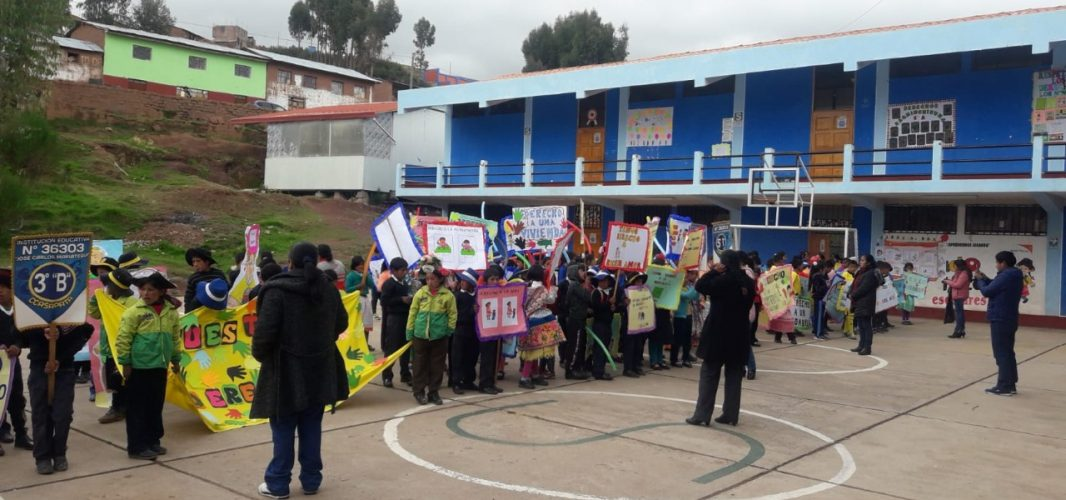 La FSU reivindica una educación de calidad basada en la cultura y saberes ancestrales en tres de los distritos más pobres del Perú