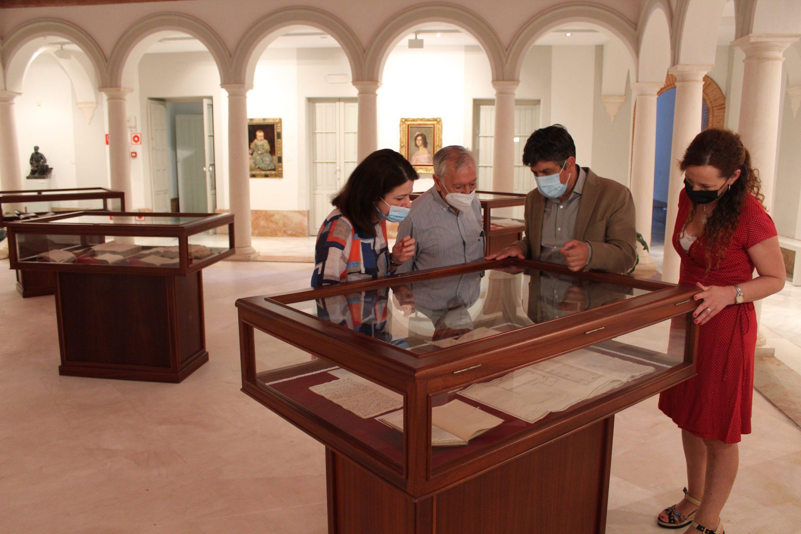 La Fundación Biblioteca Manuel Ruiz Luque inaugura una exposición sobre el patrimonio monumental de Montilla